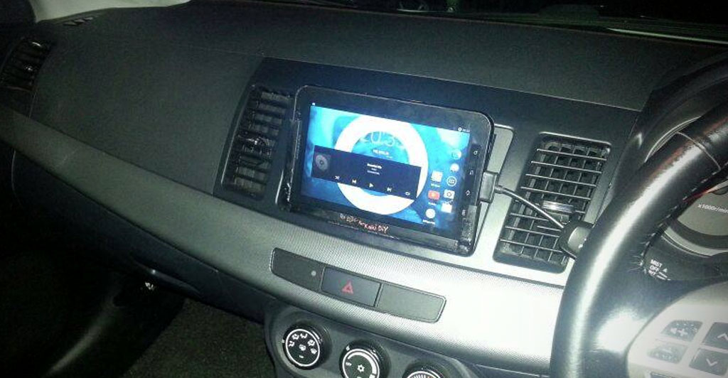 how to make a tablet holder for the van